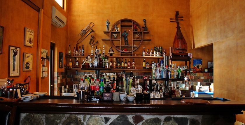 Aerino Cafe Bar 15