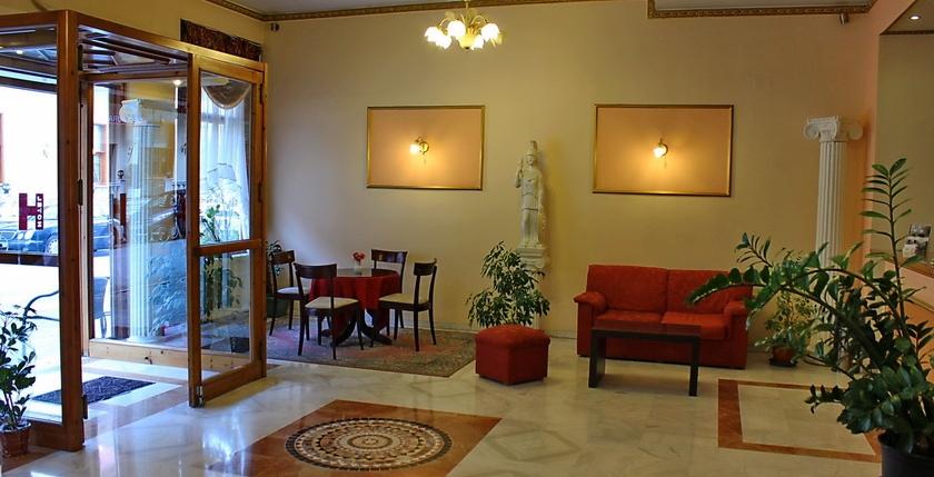 Alexiou Hotel 3