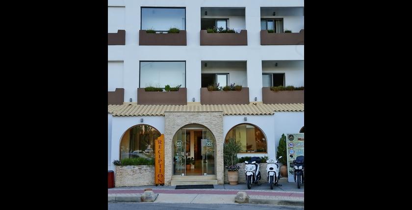 Alianthos Beach Hotel 6