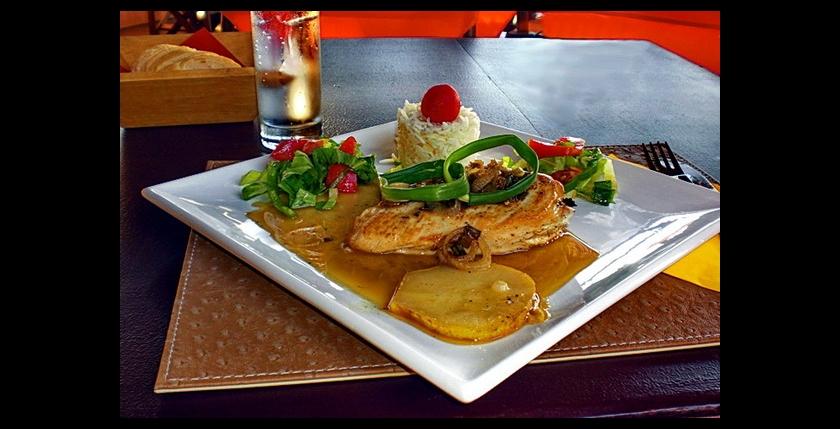 Alobar Beach Restaurant 2