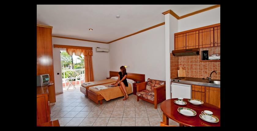 Angelina Hotel 5