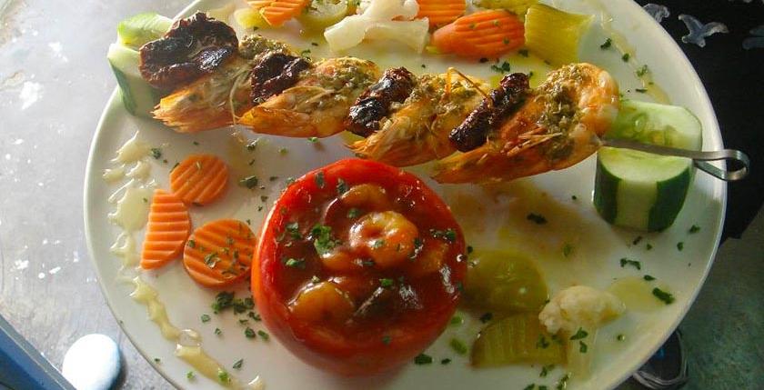 Apanemi Fish Tavern 8