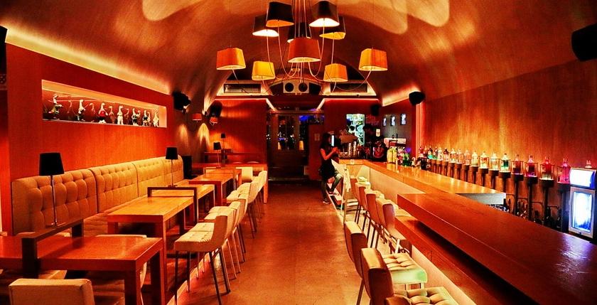 Apothiki Cafe 2