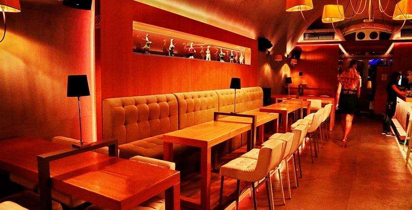 Apothiki Cafe 6