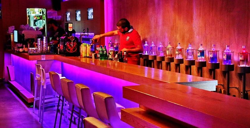 Apothiki Cafe 9