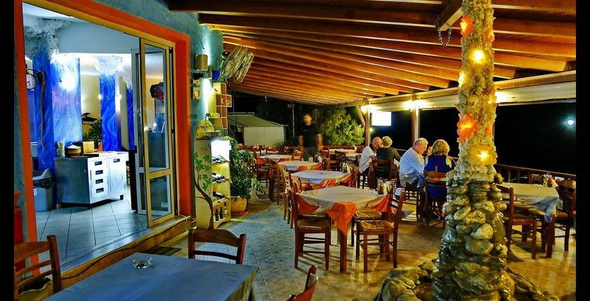 Atlantis Restaurant and Apartments 11