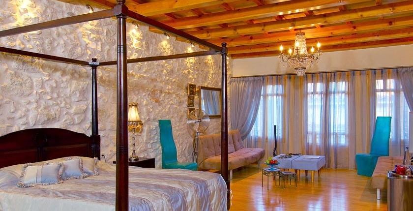 Avli Hotel 3