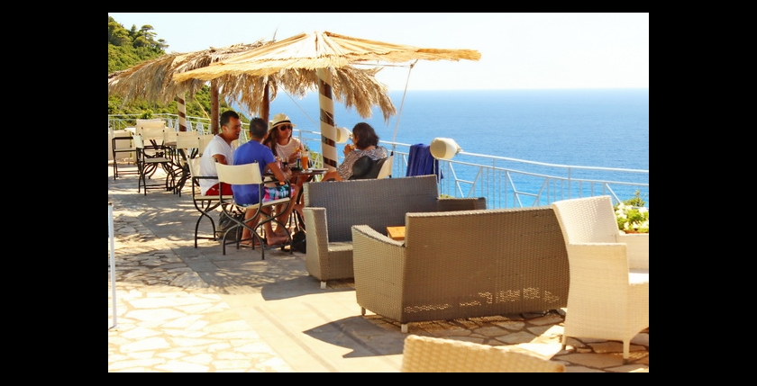 Bilvi Cafe Restaurant 10