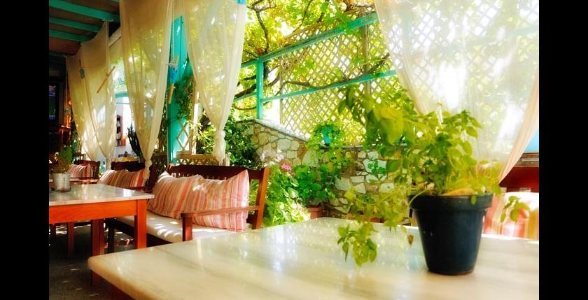 Livadia Restaurant 6