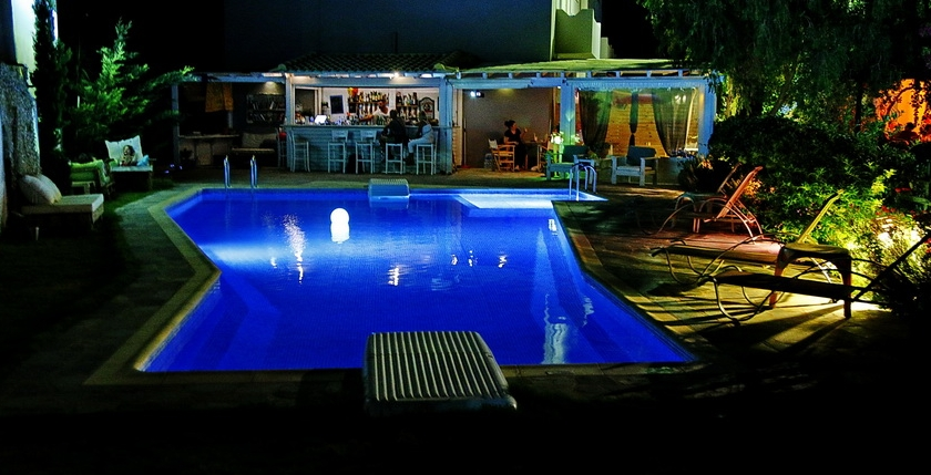 Calma Hotel 8