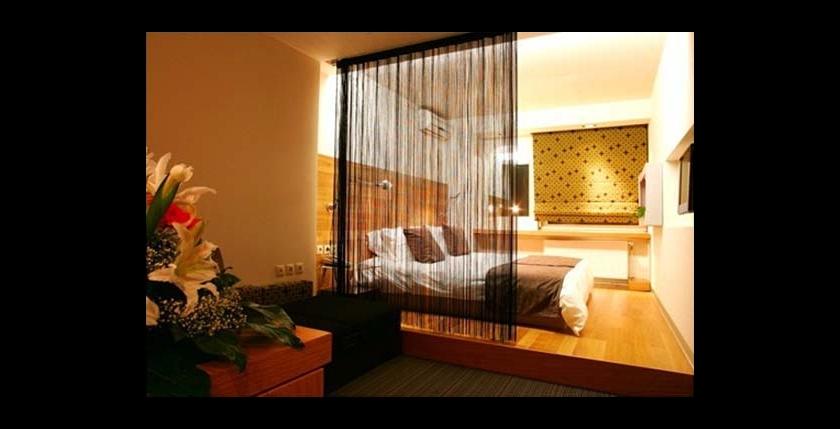Capsis Hotel 5
