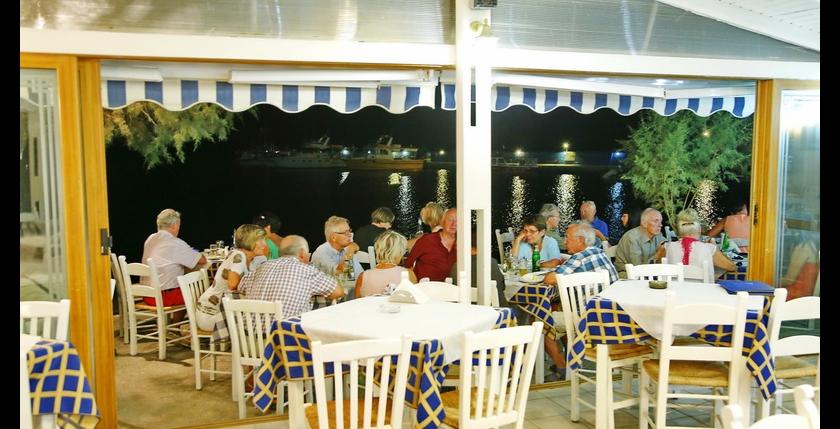 Corali Restaurant 7