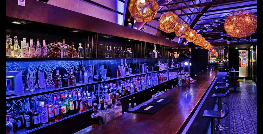 Deck Club Restaurant 9