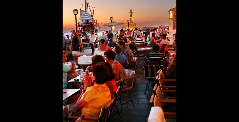 Deck Club Restaurant 4