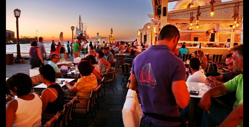 Deck Club Restaurant 8