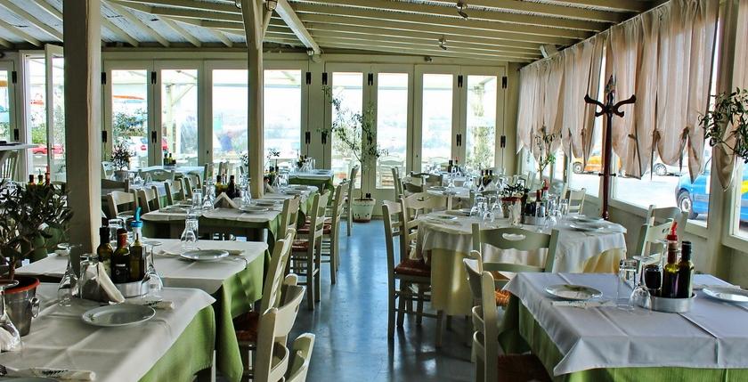 Elaea Restaurant 14