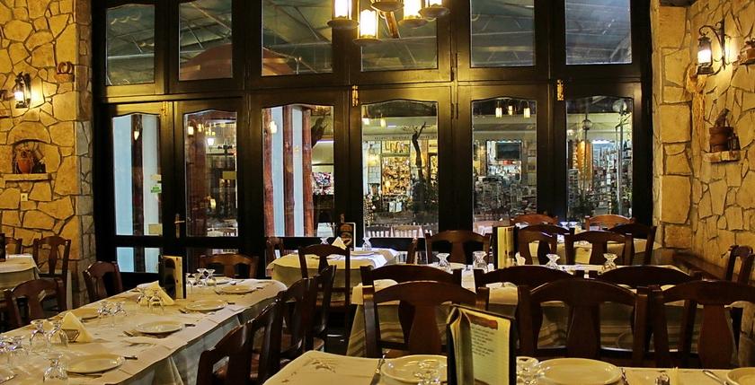 Elatos Restaurant 11