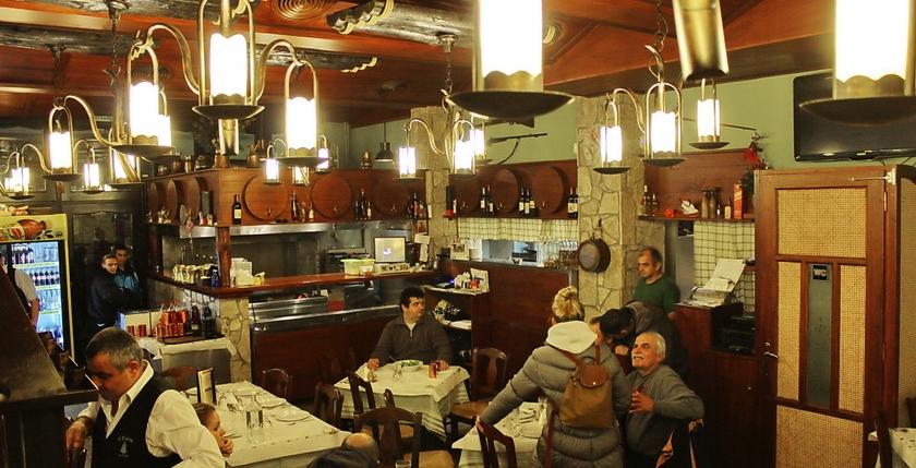 Elatos Restaurant 6