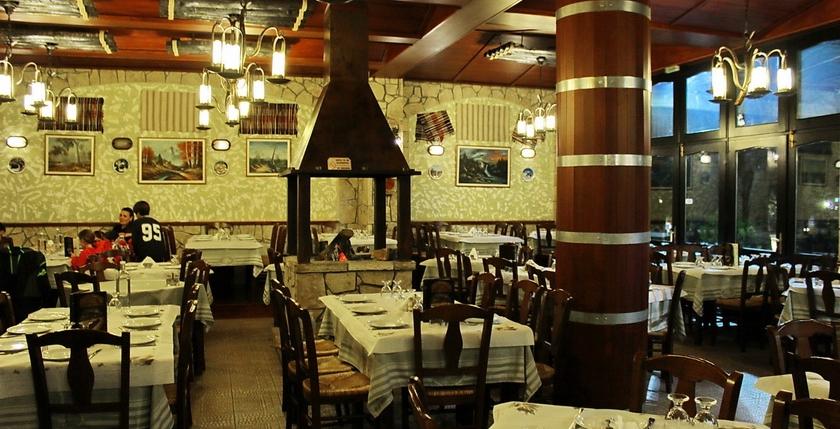 Elatos Restaurant 10