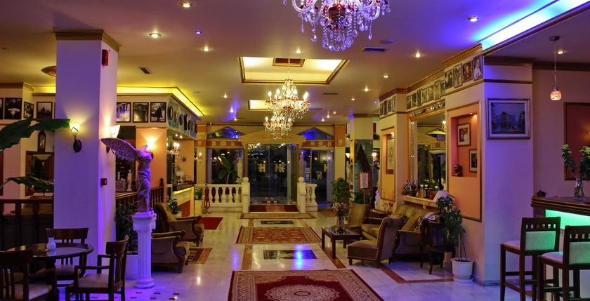 Kosta Famissi Hotel 9