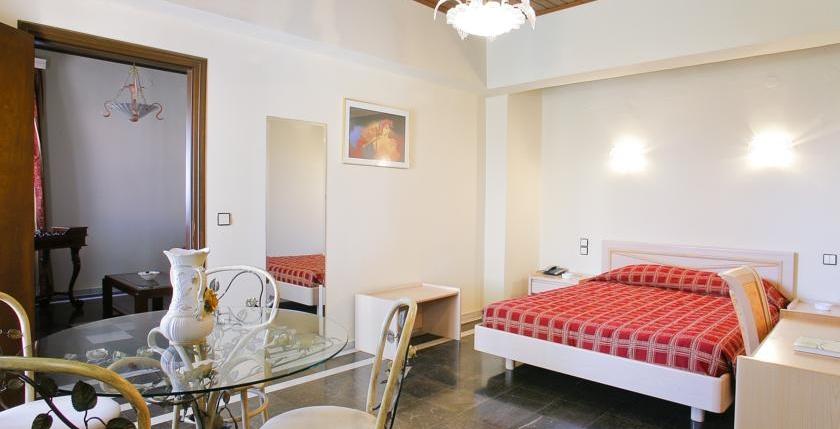 Grecian Castle Hotel 5
