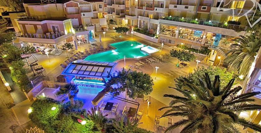 Heliotrope Hotel 8