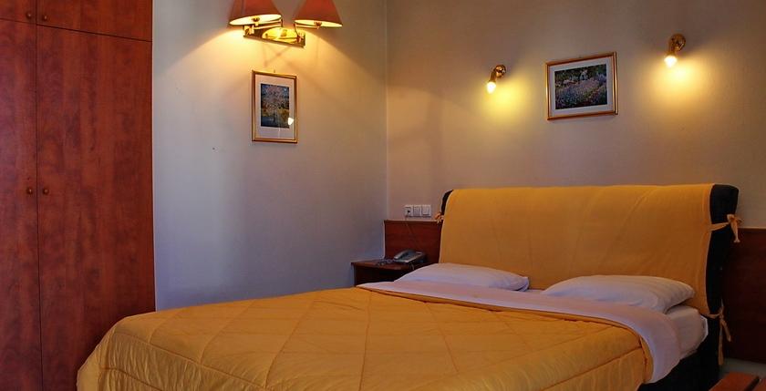 Hotel Egnatia 8