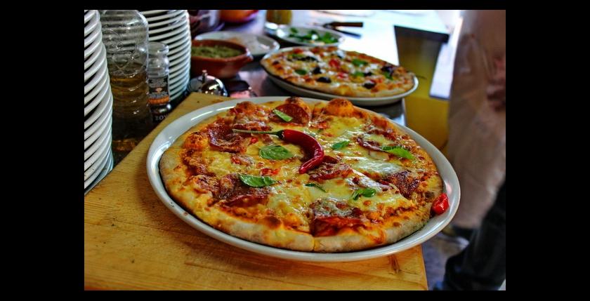 Pizza Napoli 5