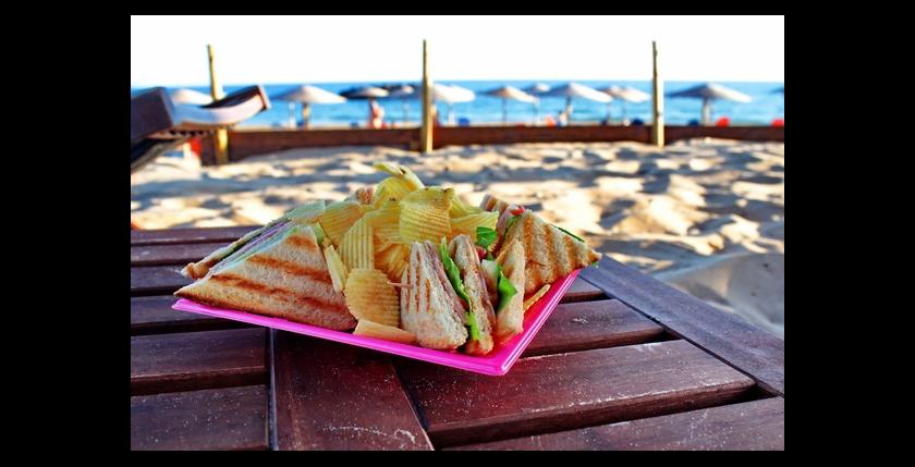 Tayo Beach Bar 2