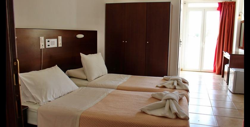 Fragiskos Hotel 18