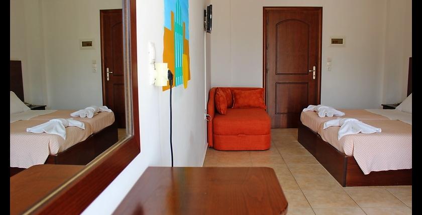 Fragiskos Hotel 19
