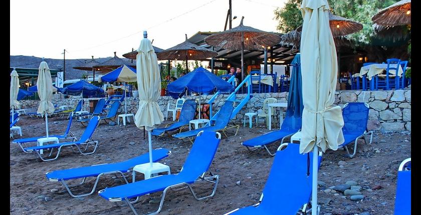 Akrogiali Restaurant 8