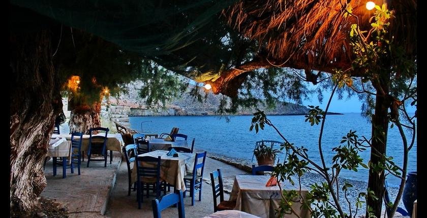 Akrogiali Restaurant 18