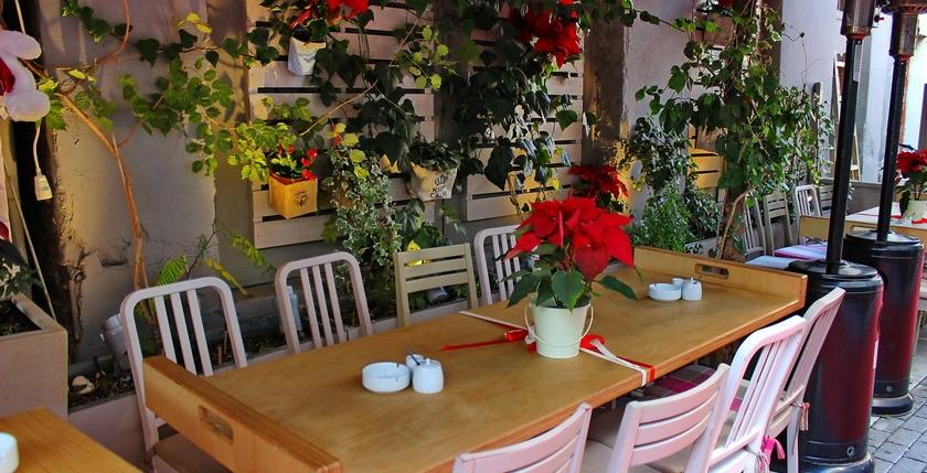 Cafe Gala 12