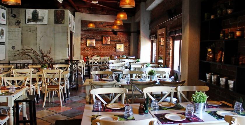 Elia & Kapari Restaurant 14
