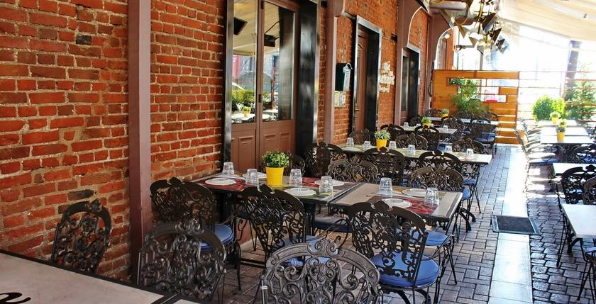 Elia & Kapari Restaurant 19
