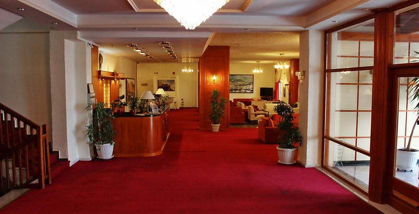 Famissi Eden Resort Hotel 3