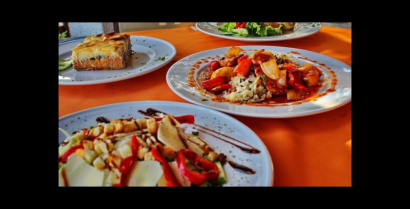 The Captains Restaurant 4