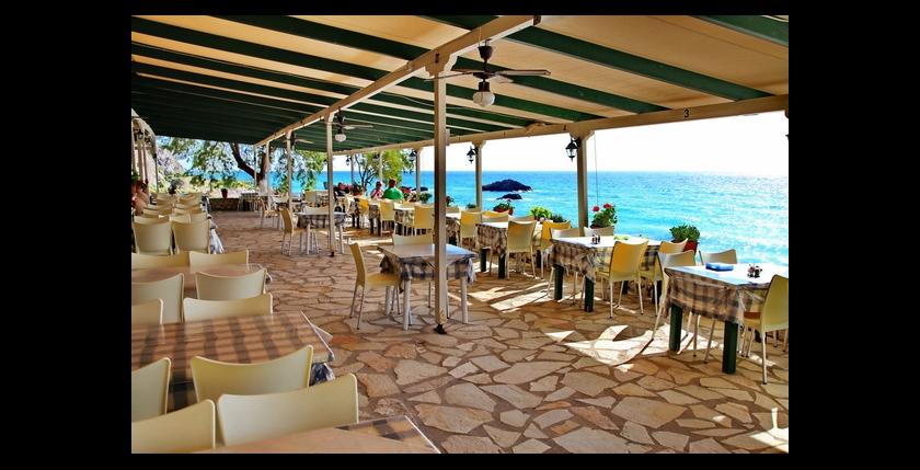 Akrogiali Restaurant 3