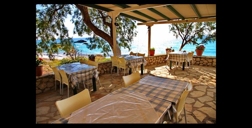 Akrogiali Restaurant 4