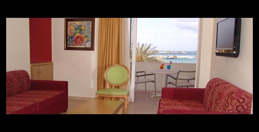 Itanos Hotel 7