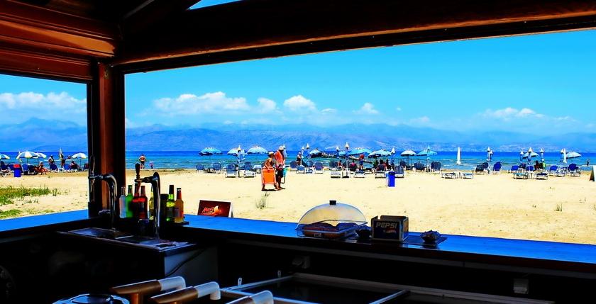 Kalamaki Beach Bar 1