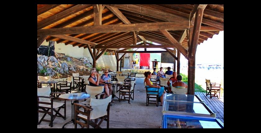 Kalamaki Beach Bar 4