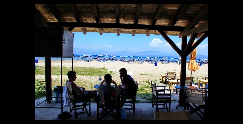 Kalamaki Beach Bar 9