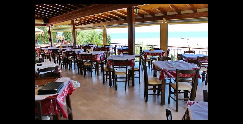 Kalamaki Restaurant 4