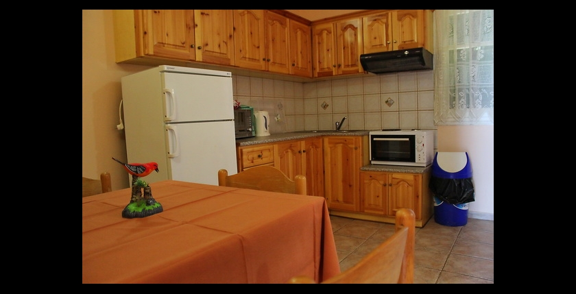Kalamaki Apartments 9