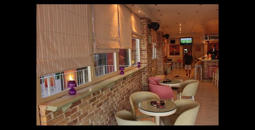 Kentrikon Cafe Bar 10