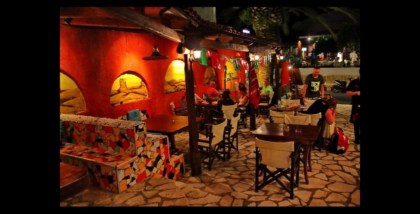 La Tabernita Mexicana Restaurant 4