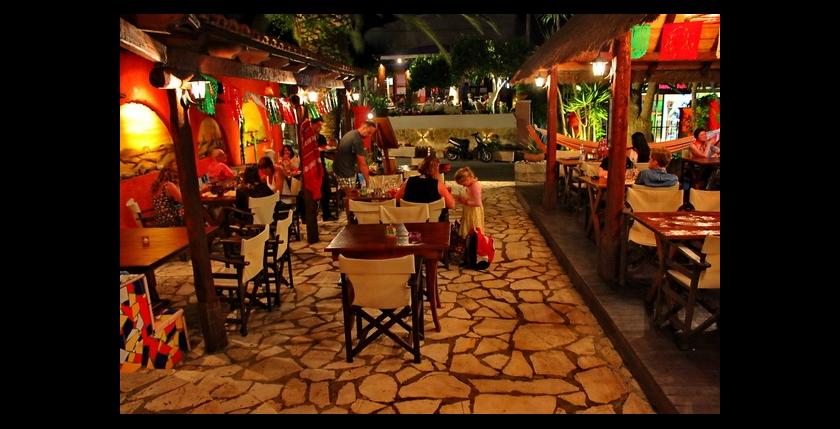 La Tabernita Mexicana Restaurant 7