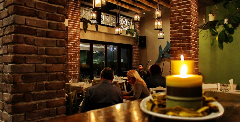 Ladofanaro Restaurant 3